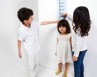 trẻ còi xương, trẻ suy dinh dưỡng, trẻ chậm phát triển