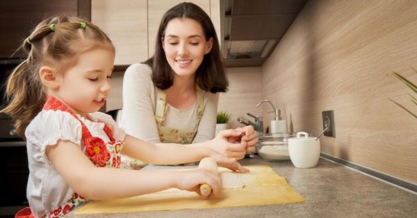 dạy nấu ăn cho trẻ